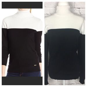 Calvin Klein | White and Black Turtleneck Sweater